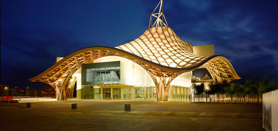 Il centro Pompidou-Metz di Shigeru Ban.